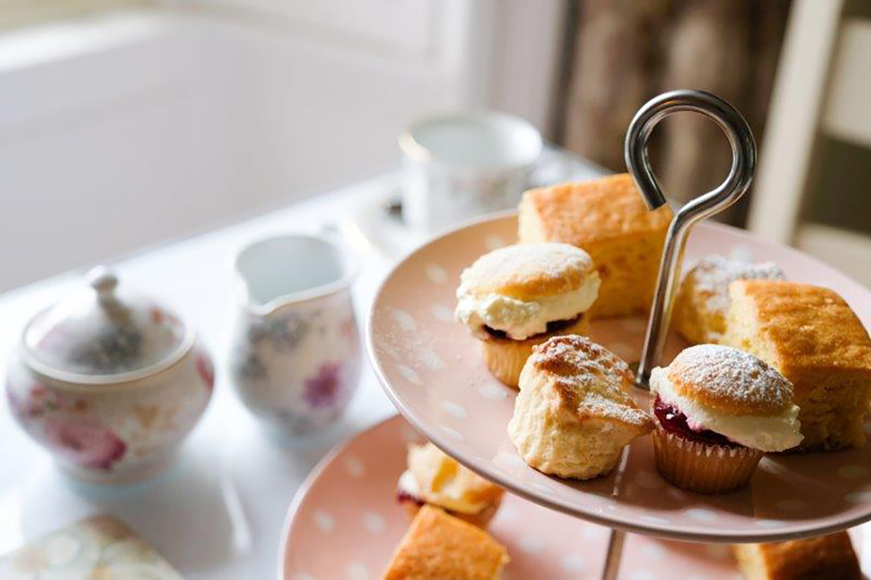 Afternoon Tea, Abhainn Ri, Photo 4