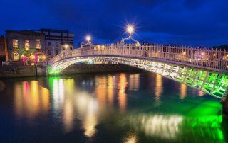 Dublin, Ha'penny bridge