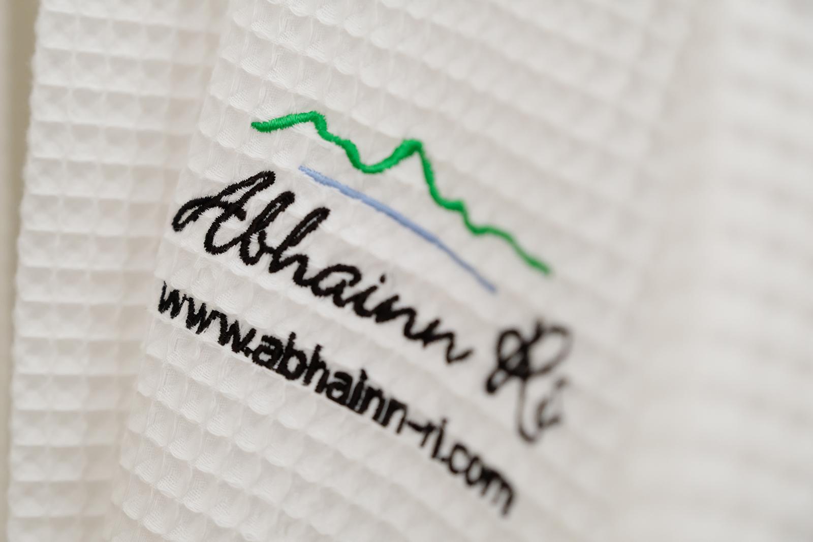 Abhainn Ri embroidered logo