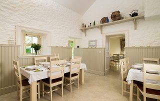 Abhainn Ri interior dining room